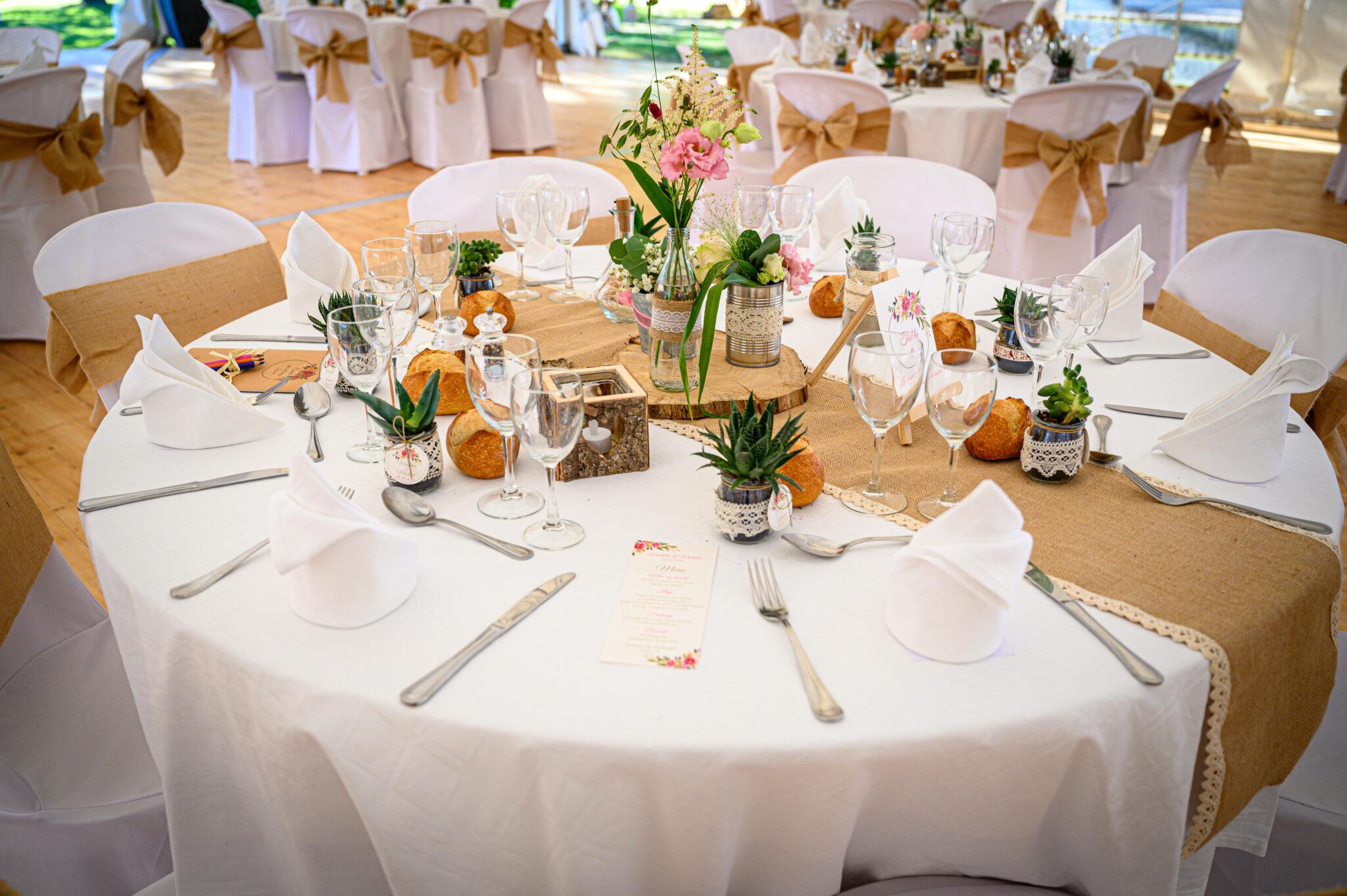 Décoration bohème pour un mariage dans le Beaujolais