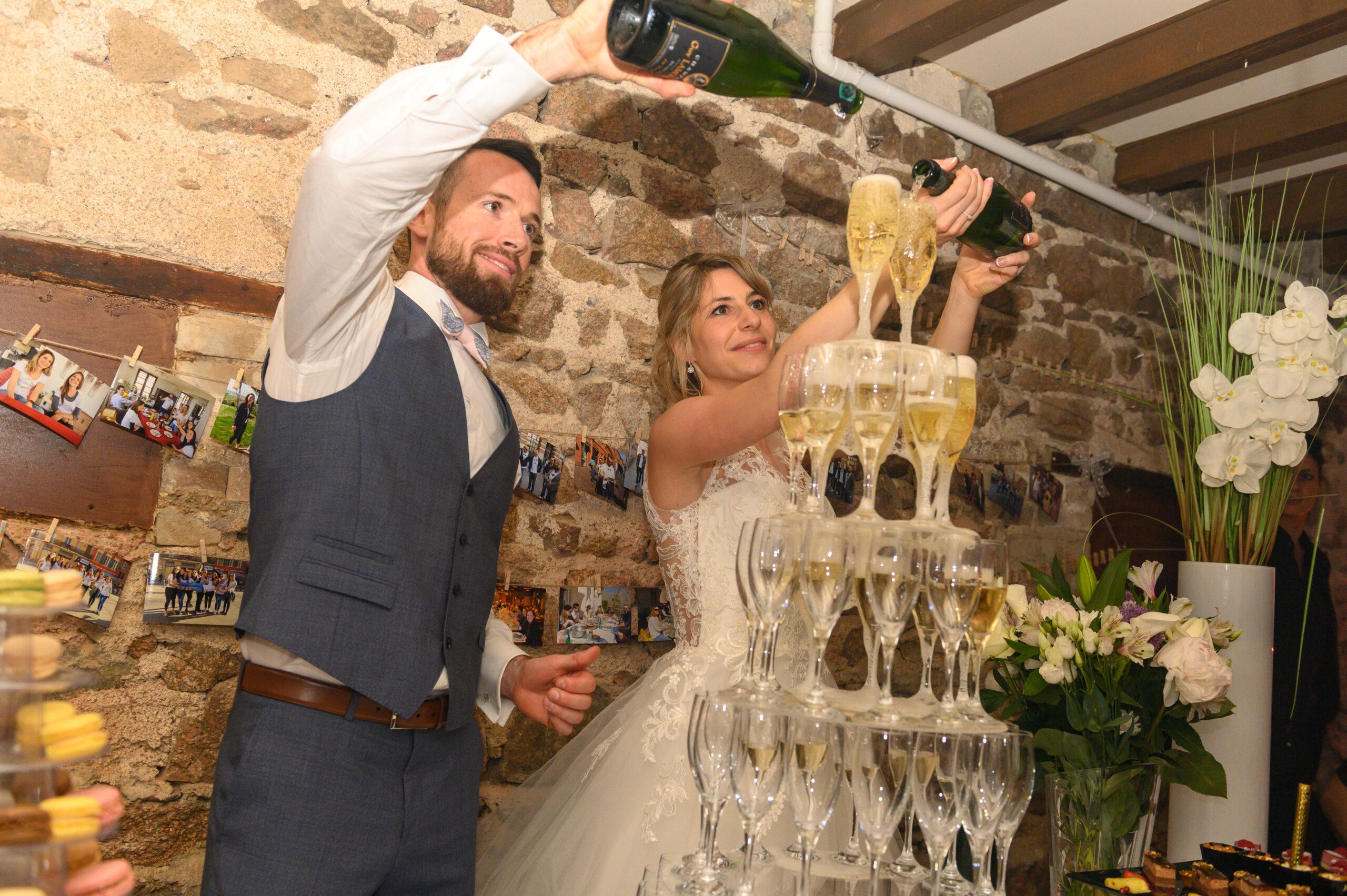 Mariés lors de leur soirée de mariage organisée par Dj Art Song Production