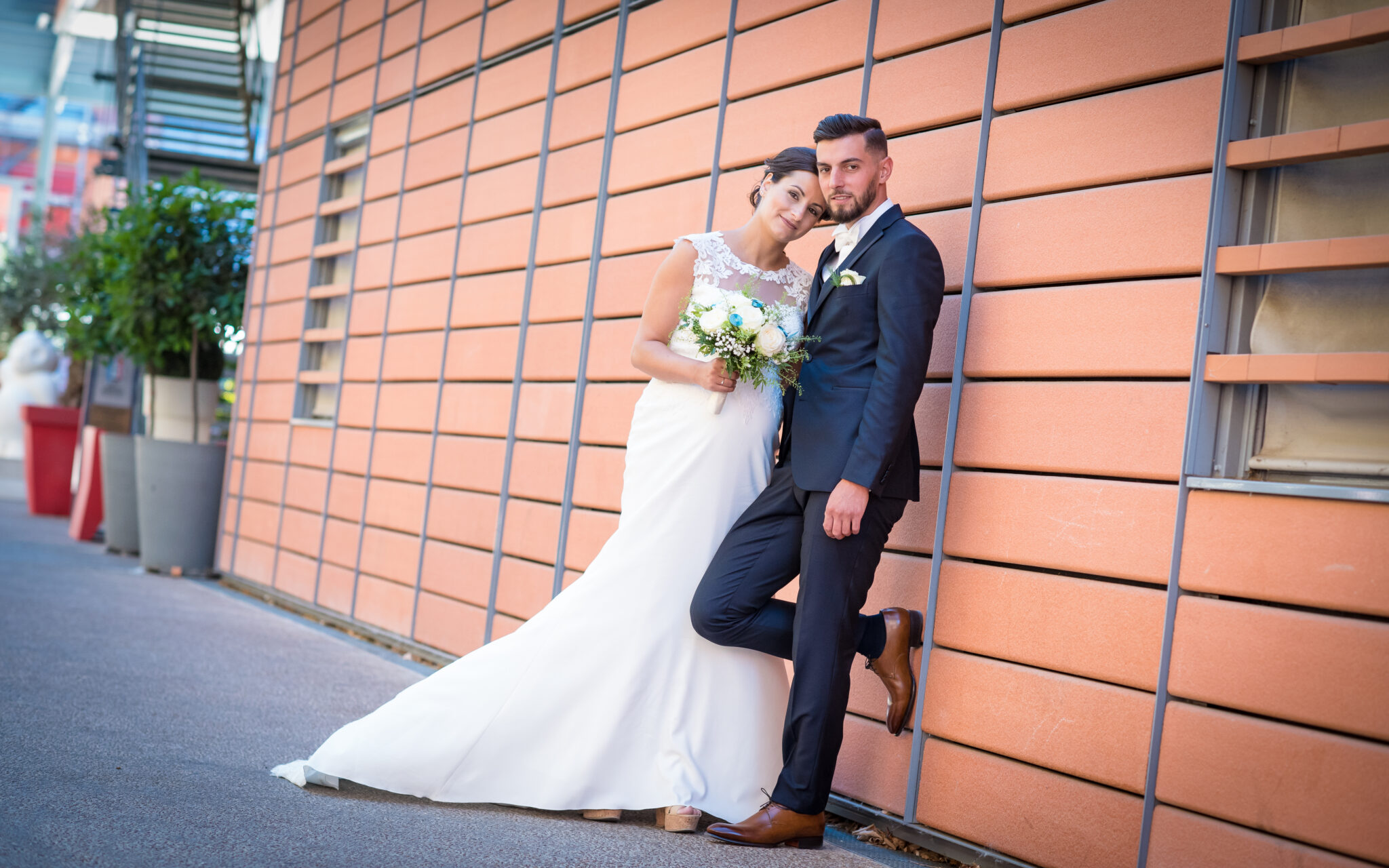 Photo d'un couple de mariés près de Lyon avec Dj Arts Song Production
