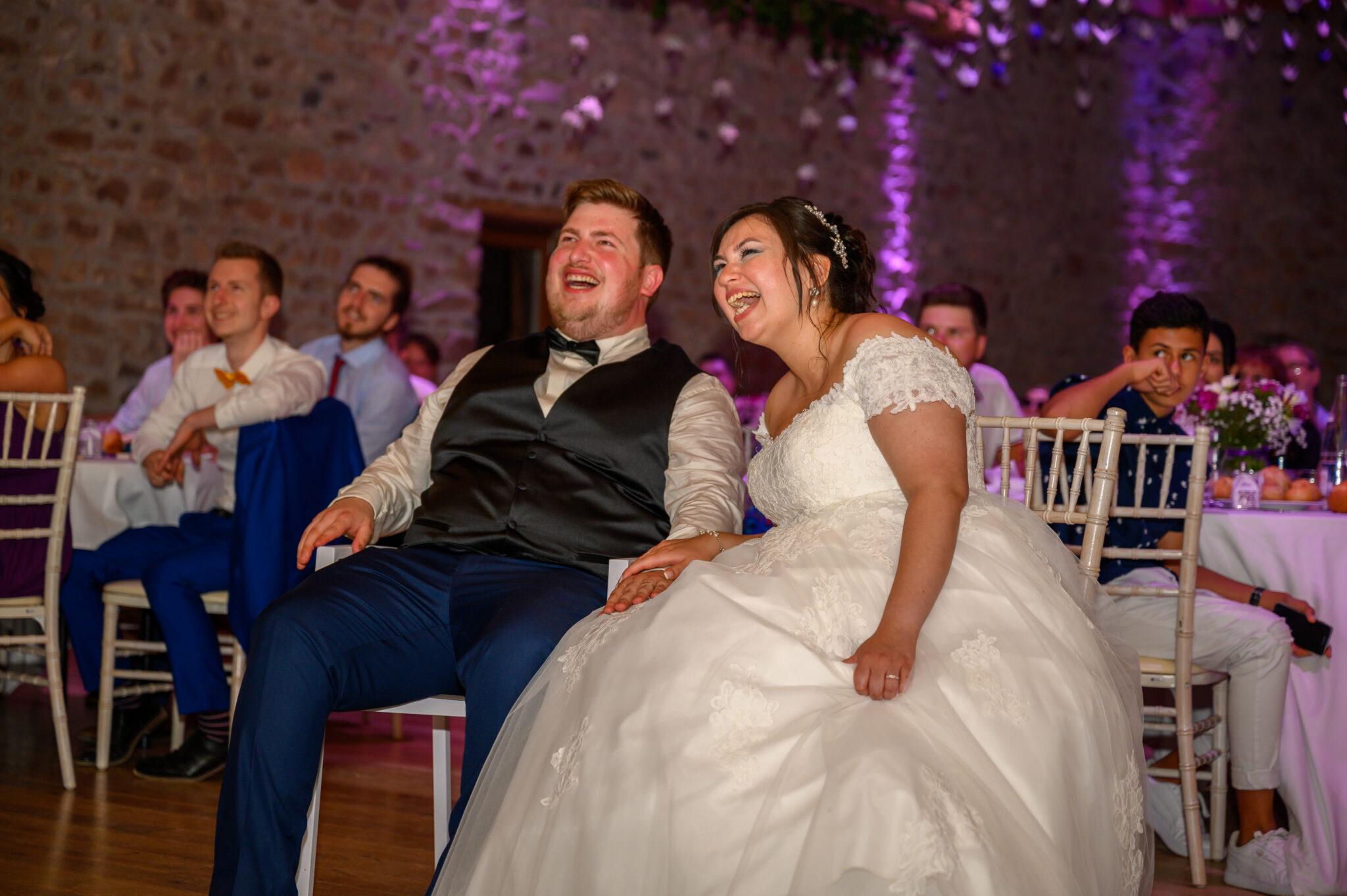 Couple de mariés lors de leur soirée de mariage dans le Beaujolais