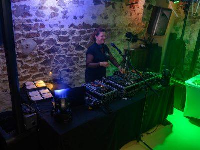 animation mariage au domaine les maison du boneur à Fleurie DJ Art'Song